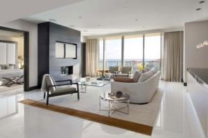 Klasične zavese za dnevni prostor